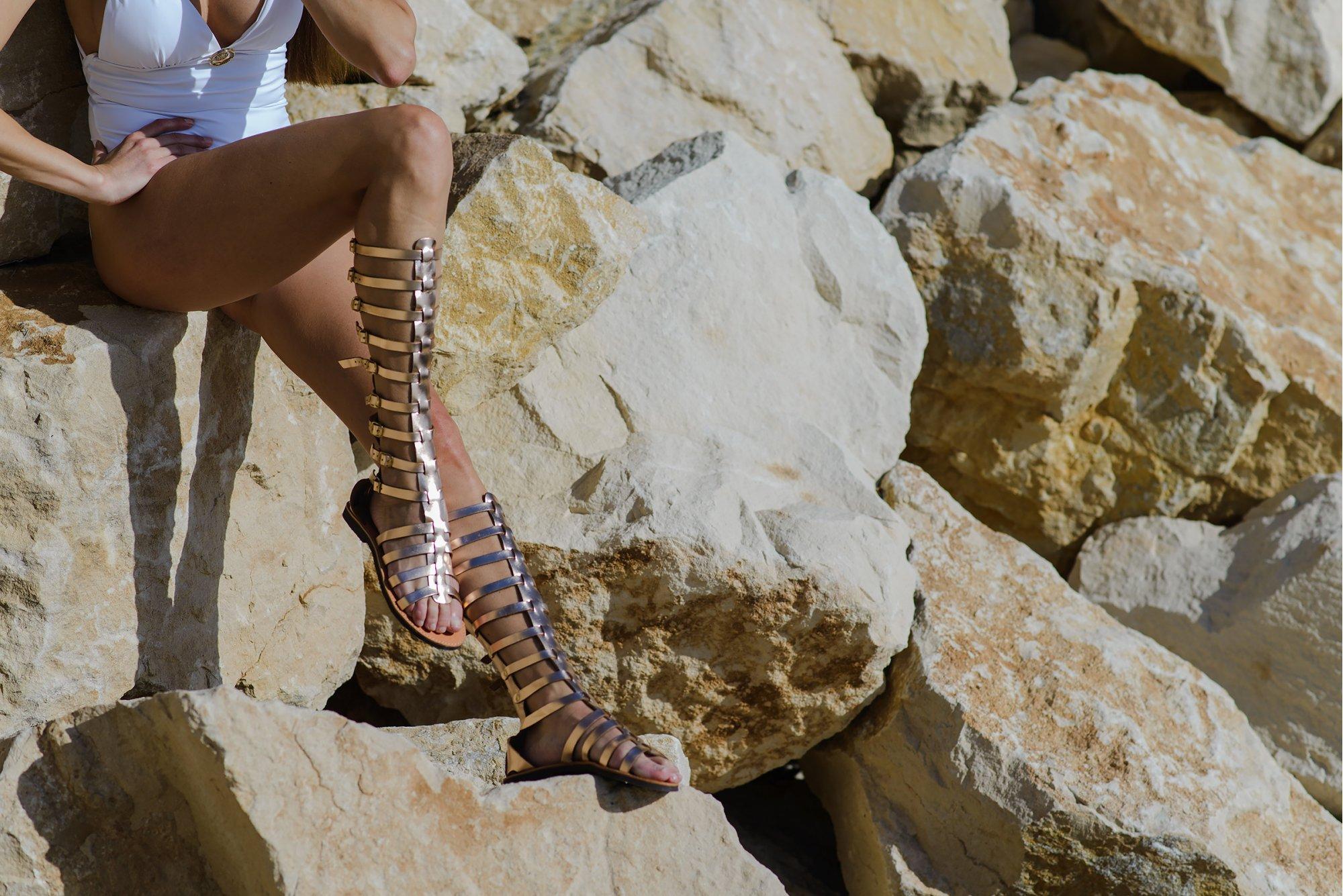 Гладиаторски сандали